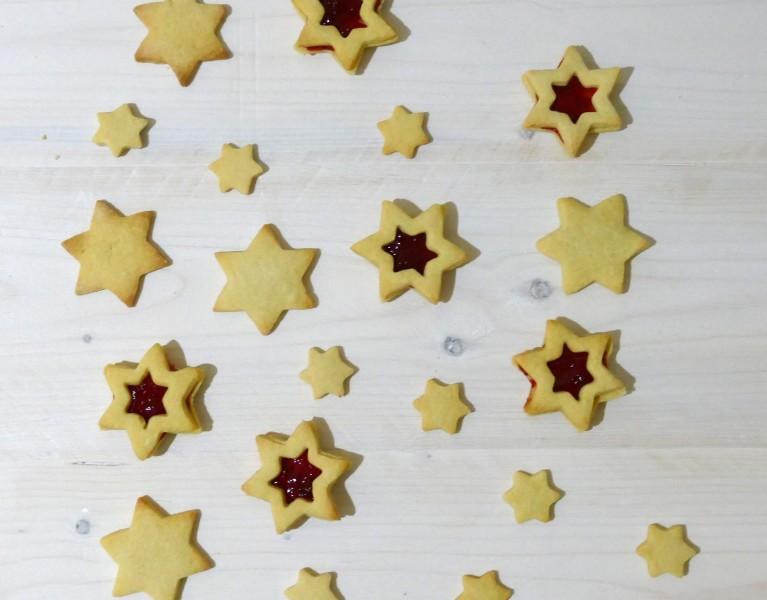 Kerstkoekjes met jam