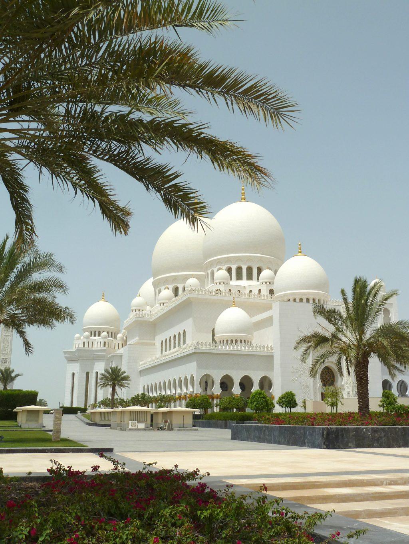 Abu Dhabi, Sjeik Zayed-moskee