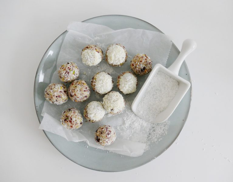 cranberry pistache bliss balls