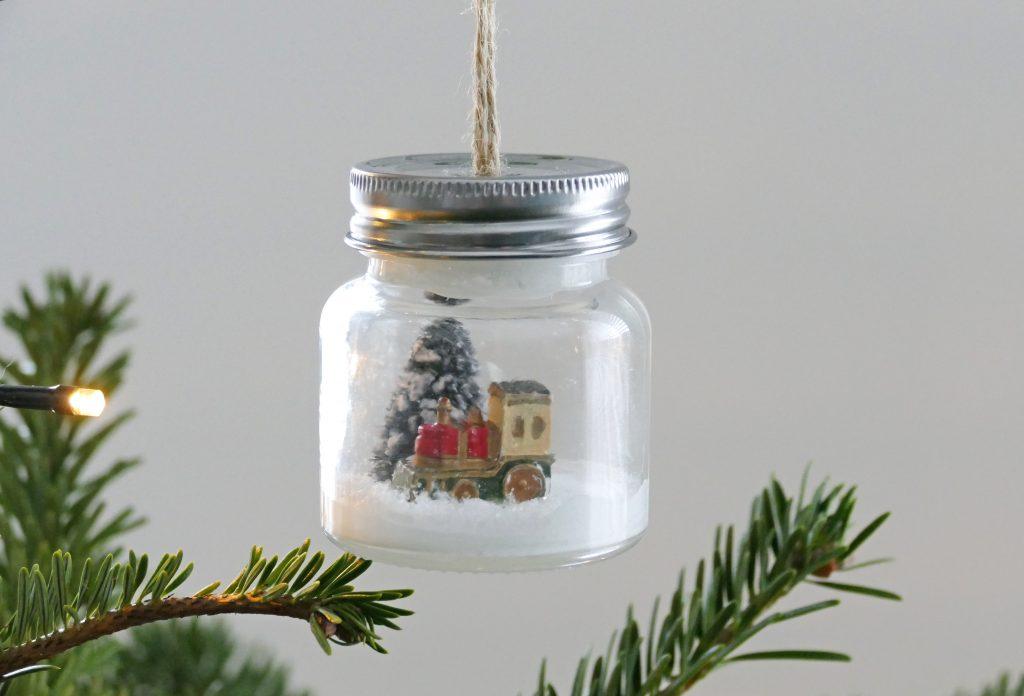 mini kerst ornamenten