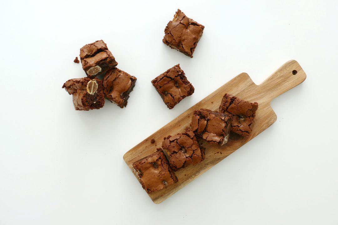 brownies met paaseitjes