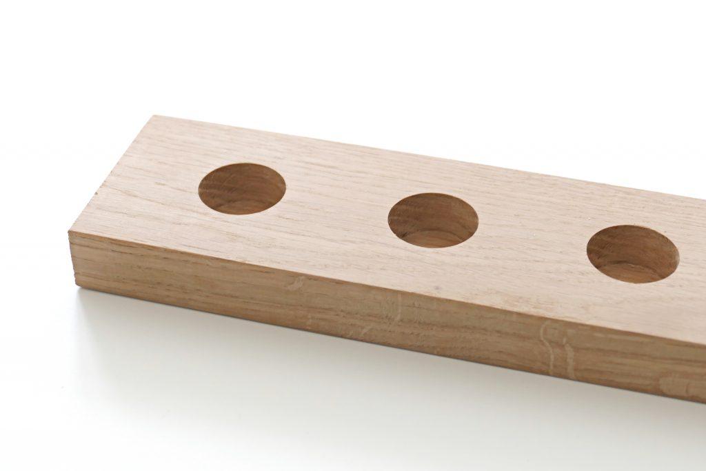 houten plank met gaten