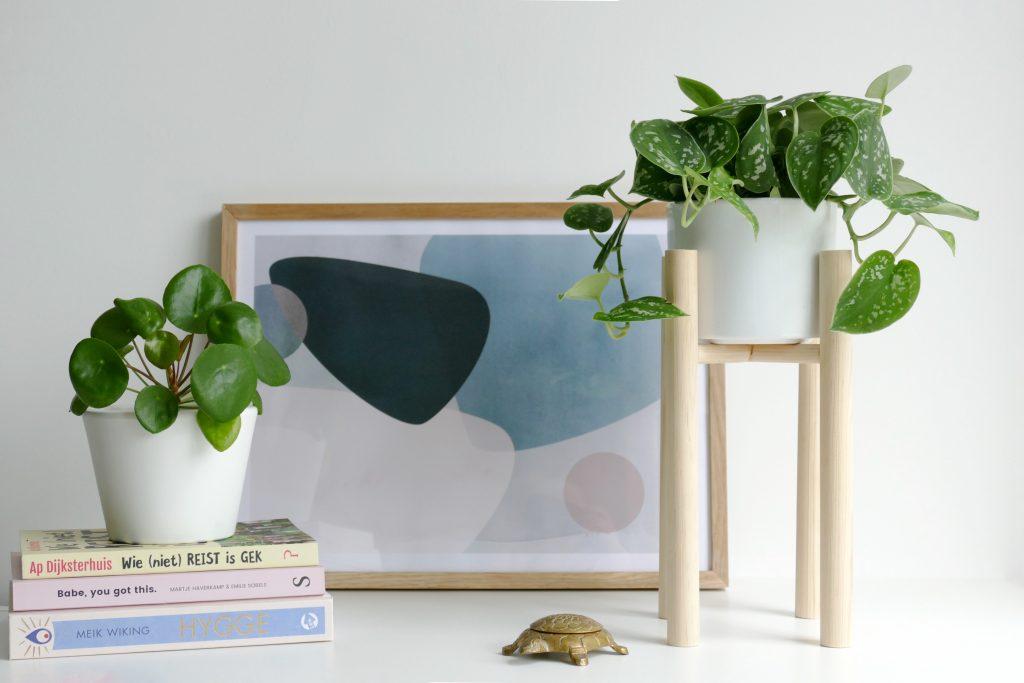 minimalistische plantenstandaard