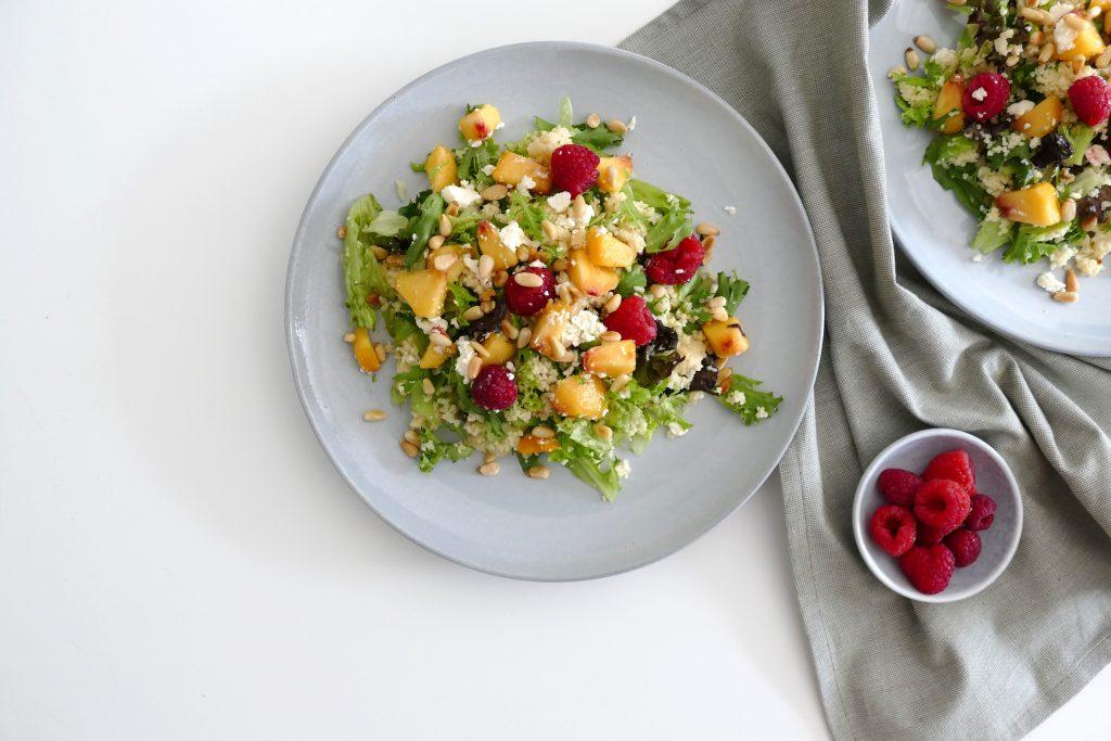 salade met perzik