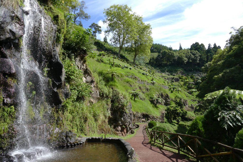 activiteiten die je niet mag overslaan op São Miguel: Bezoek Ribeira dos Caldeirões