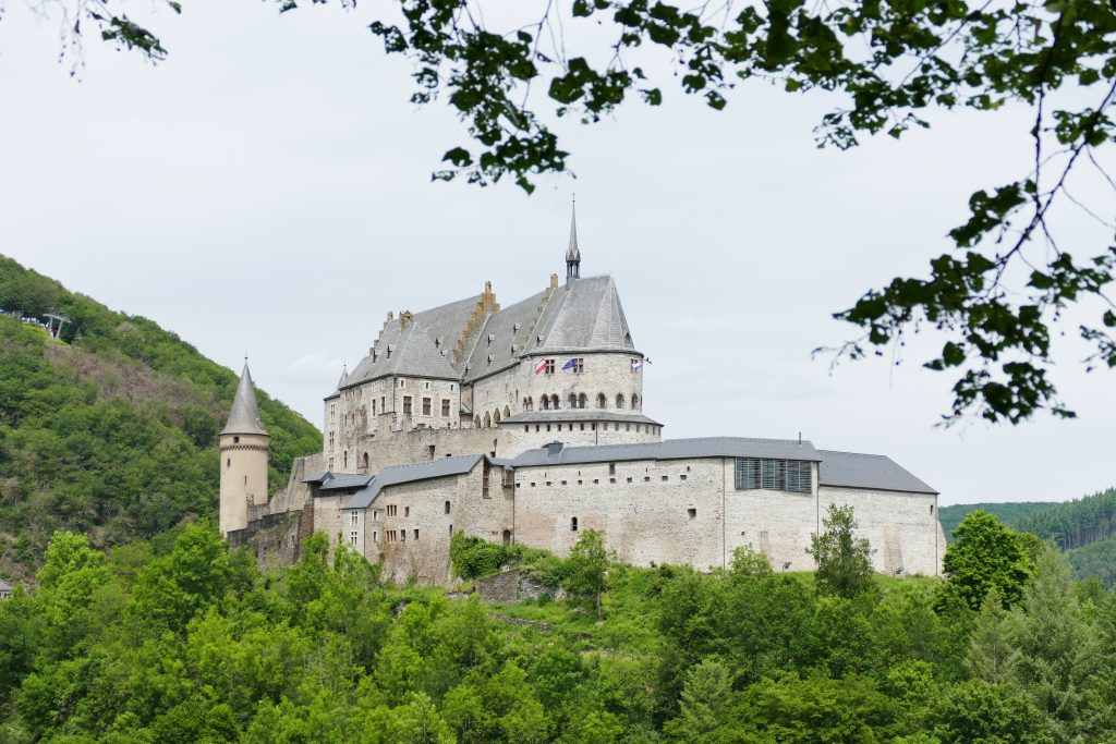 Kastelen van Luxemburg. Kasteel van Vianden