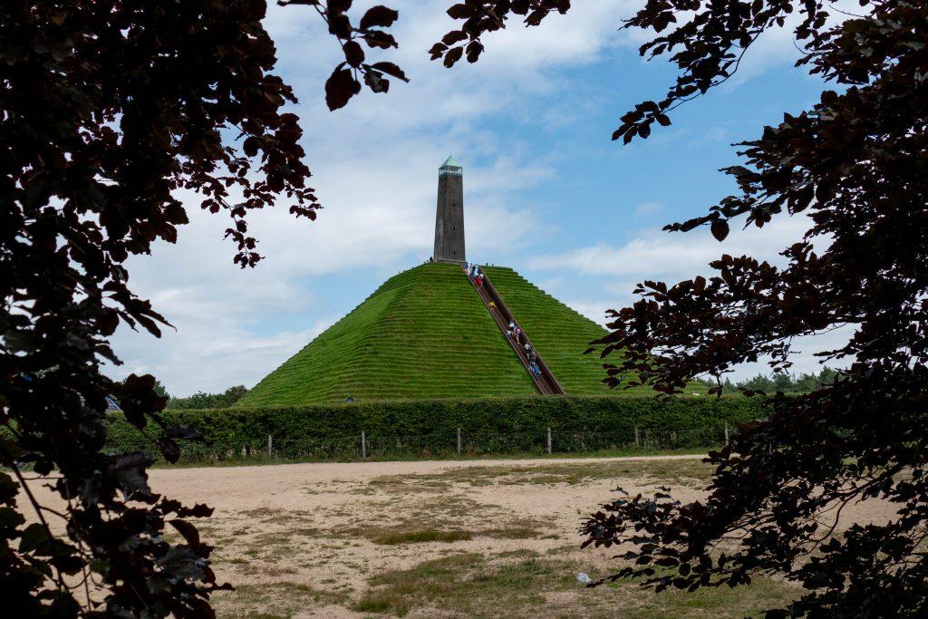 Pyramide van Austerlitz: het hoogste punt van Utrecht