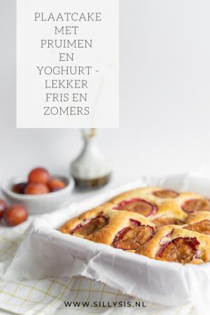 Recept: Plaatcake met pruimen en yoghurt - lekker fris en zomers